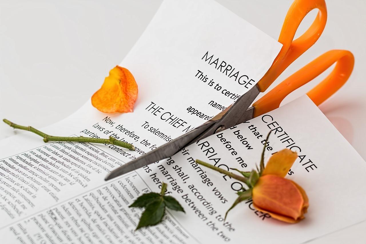 1507557444 1497961482 divorce 619195 1280